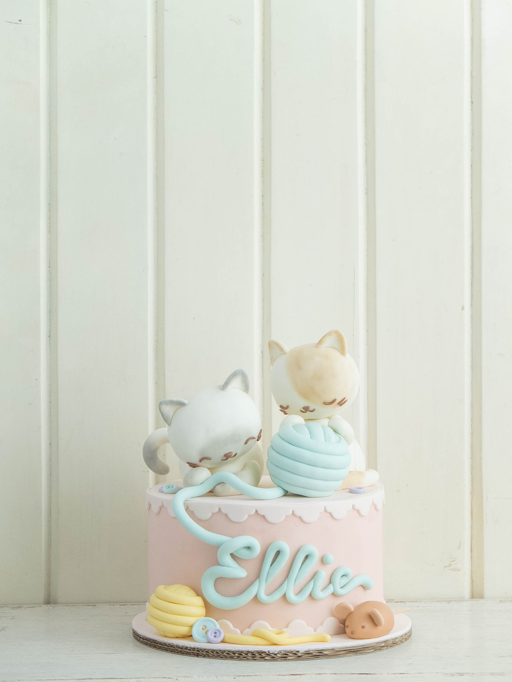 CTCakes - Playful Kittens 8in
